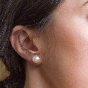Jewelry - FREE W PURCH Faux Pearl Earrings